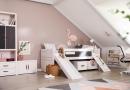 Kajuitbed met loopplank en glijbaan van Life Time Kidsrooms kinderslaapkamers en tienerslaapkamers.